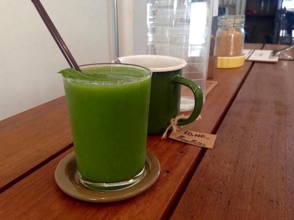 Fresh wheatgrass juice