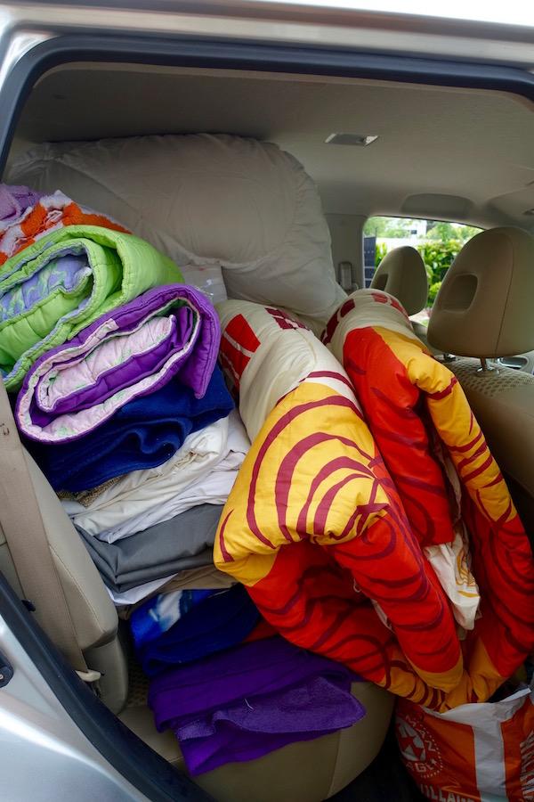 eatdrinklaos-fire-the-response-car-packing1