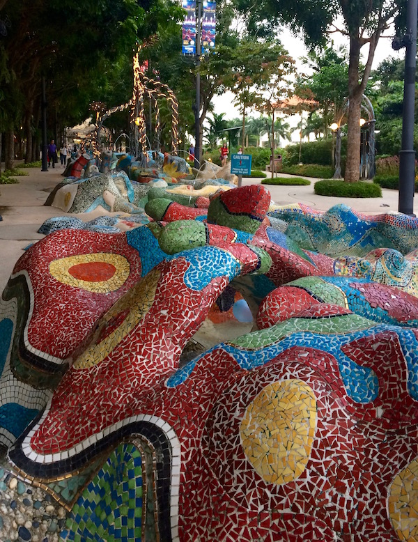 eatdrinklaos-singapore-best-family-fun-merlion-mosaic