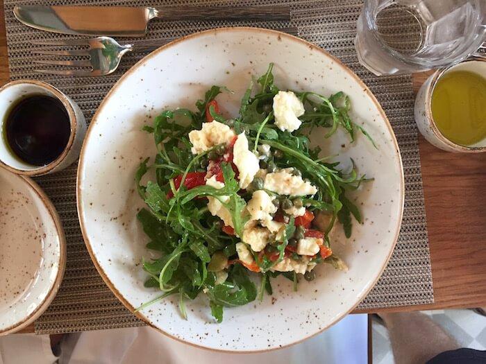 eatdrinklaos-luang-prabang-azerai-bistro-salad