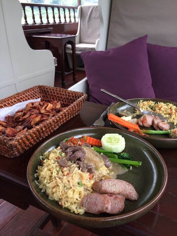 Tasty lunches aboard the Luang Say Cruise on the Mekong River - Northern Laos: Mekong River Cruise © Eat Drink Laos https://eatdrinklaos.com/blog/northern-laos-mekong-river-cruise
