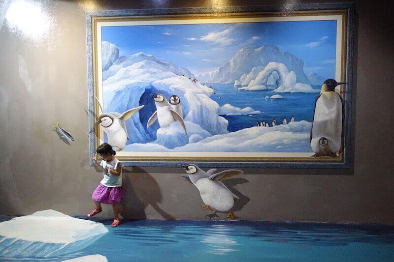 eatdrinklaos-thailand-chiang-mai-art-paradise-penguins