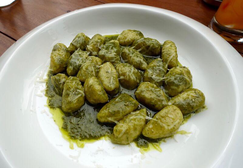 eatdrinklaos-vientiane-italian-job-pesto-gnocchi