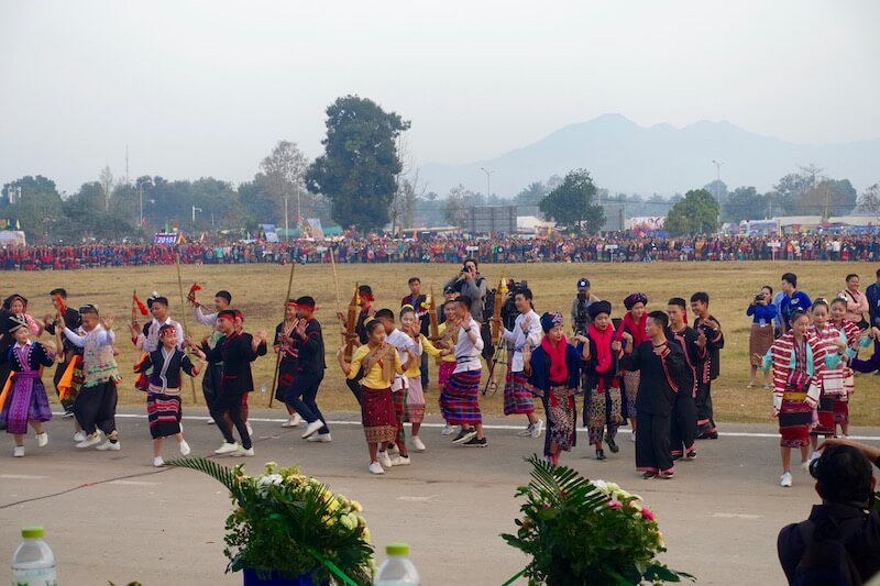 eatdrinklaos-xaignabouri-elephant-festival-dancing