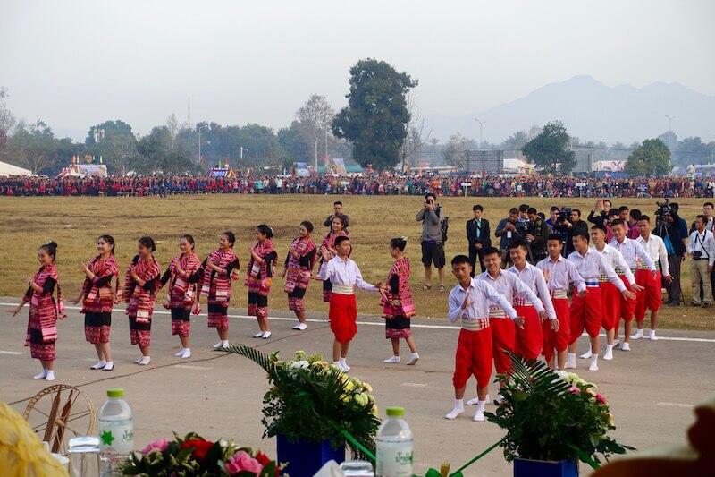 eatdrinklaos-xaignabouri-elephant-festival-dancers2
