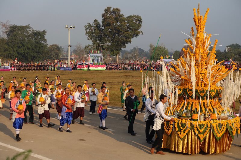 eatdrinklaos-xaignabouri-elephant-festival-basi