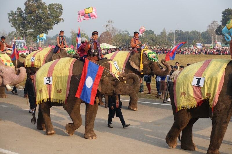 eatdrinklaos-xaignabouri-elephant-festival-mahouts