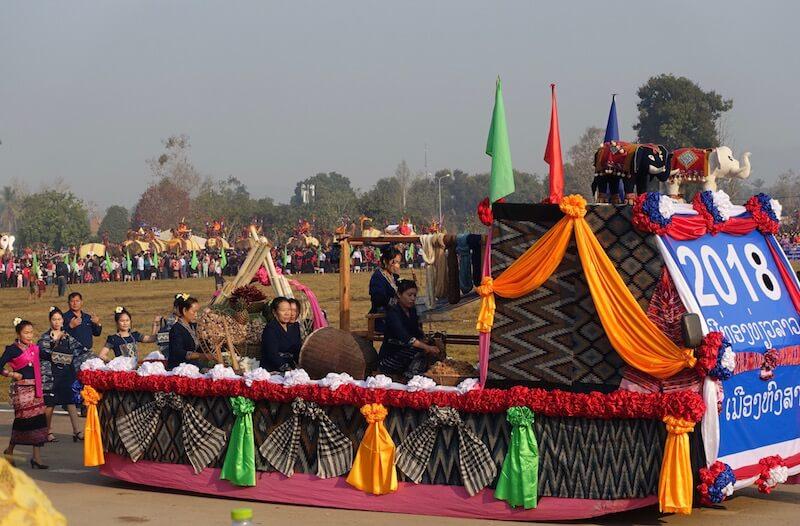 eatdrinklaos-xaignabouri-elephant-festival-provincial-performance2
