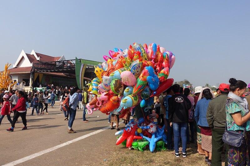 eatdrinklaos-xaignabouri-elephant-festival-balloons