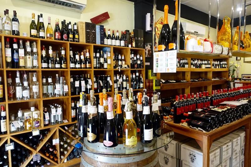 eatdrinklaos-vientiane-where-buy-best-wine-anoeteca1.jpg