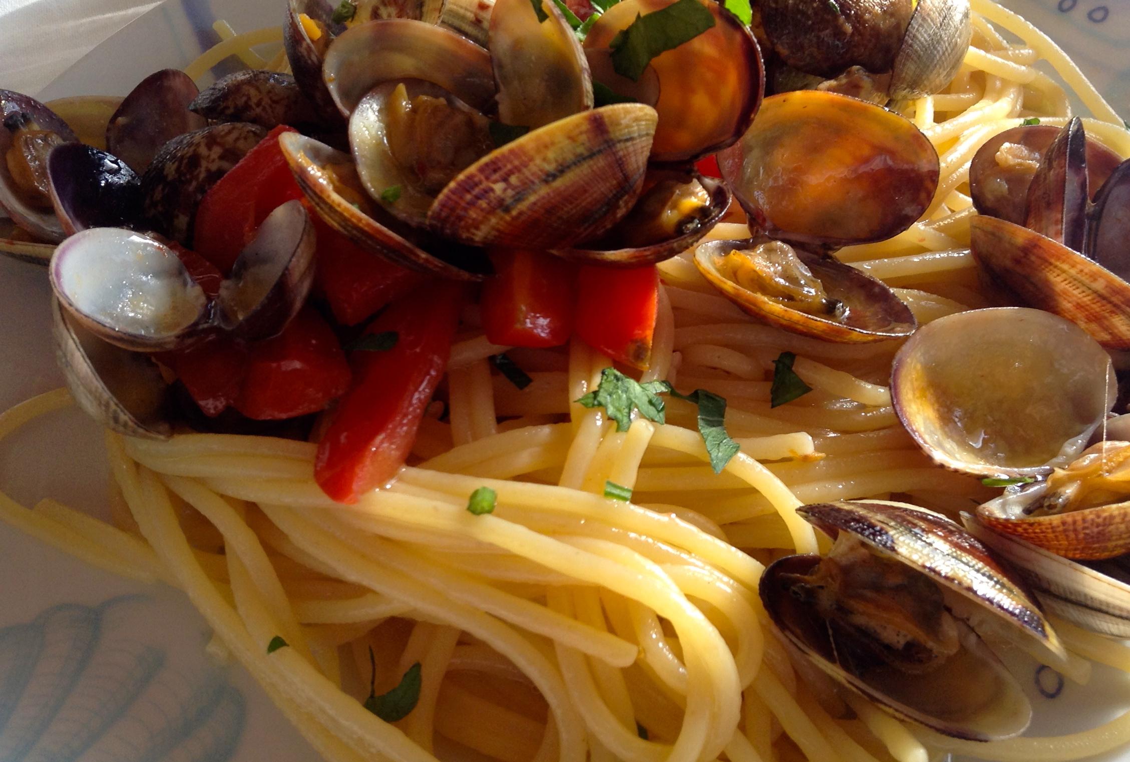 """Pasta con Vongole, """"Da Giona"""" Bacoli (Na)"""