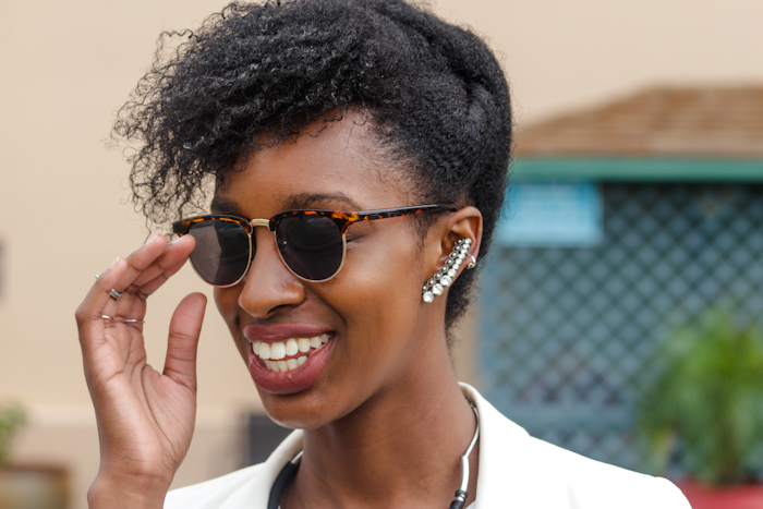 5. Don't Forgo The Details  Now this is my favorite part, think cool sunnies, statement jewelry, an amazing lip color & a hairstyle that ties in with your now already completed outfit.