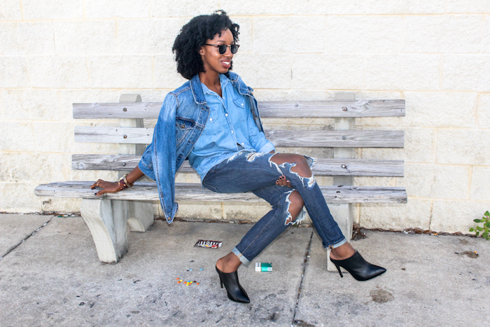 1. Make it a Triple   Make it a triple denim look by adding on an additional layer of denim. To add a final touch of denim it may be an additional layer such as a jean jacket, shirt or vest. Or maybe a small touch such as a denim bag, sneakers, or baseball cap.