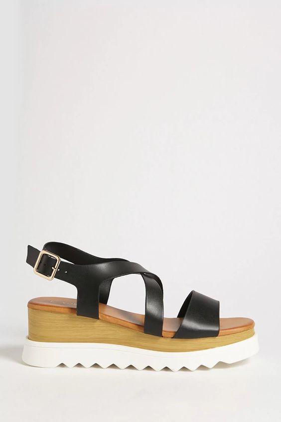 FOREVER 21 - faux leather platform sandals