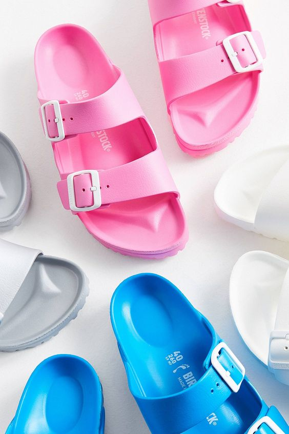 URBAN OUTFITTERS - color Birkenstock