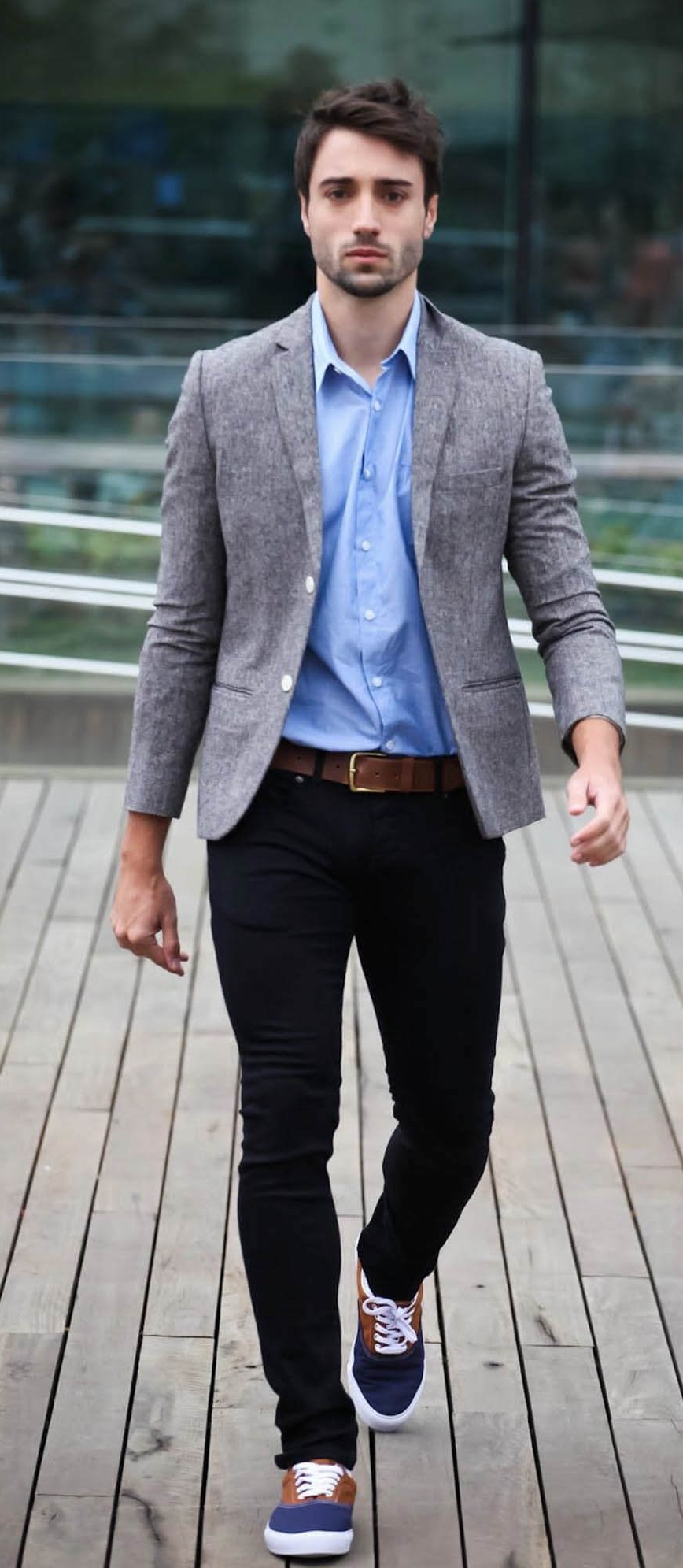 Chinos-are-acceptable-making-this-a-great-business-casual-outfit.jpg