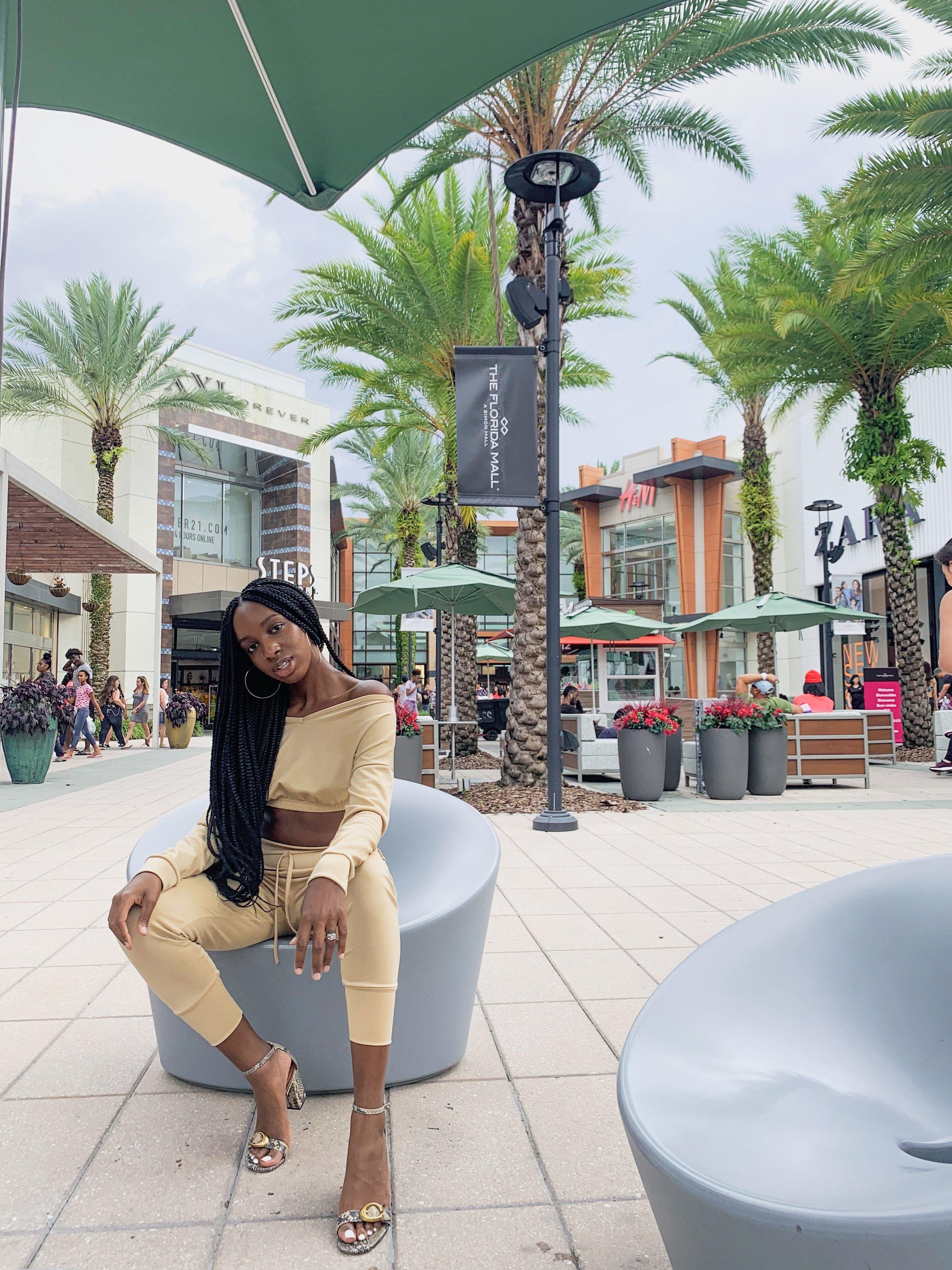 Deanna Loungewear Set ; Femme Luxe Refinery Loungewear Set