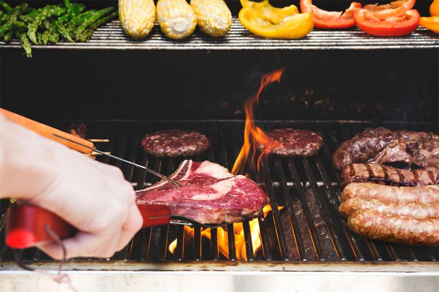 BBQ & Grill Maintenance - Your first steps to a fun and safe grilling season!
