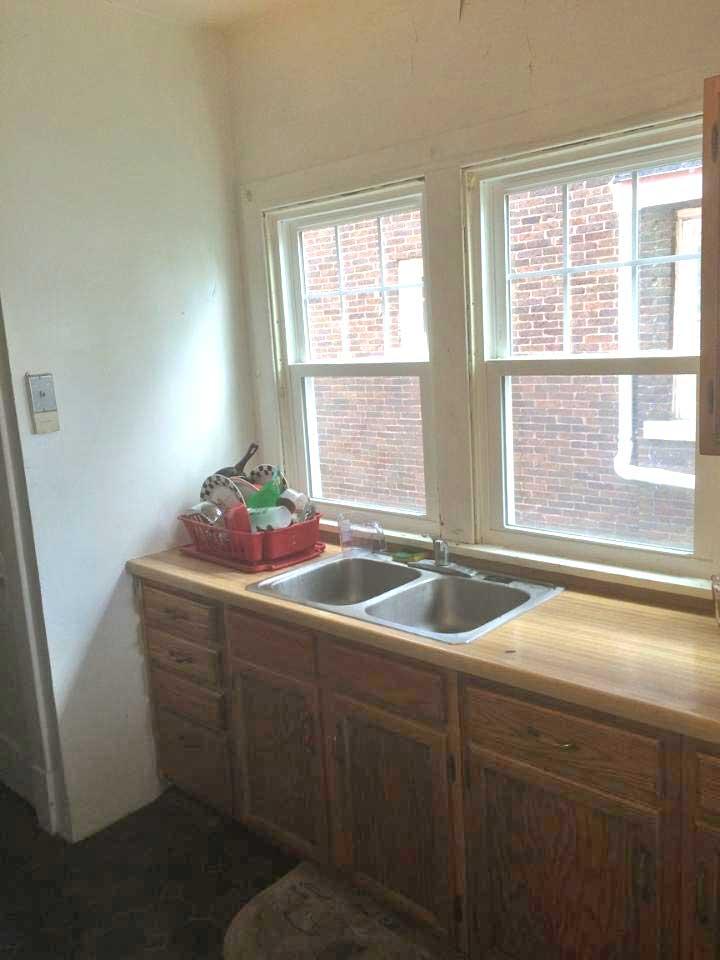 1711-Barker-kitchen-2-web.jpg