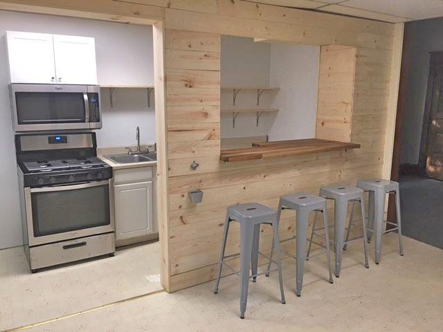 406 kitchen 2 new.jpg