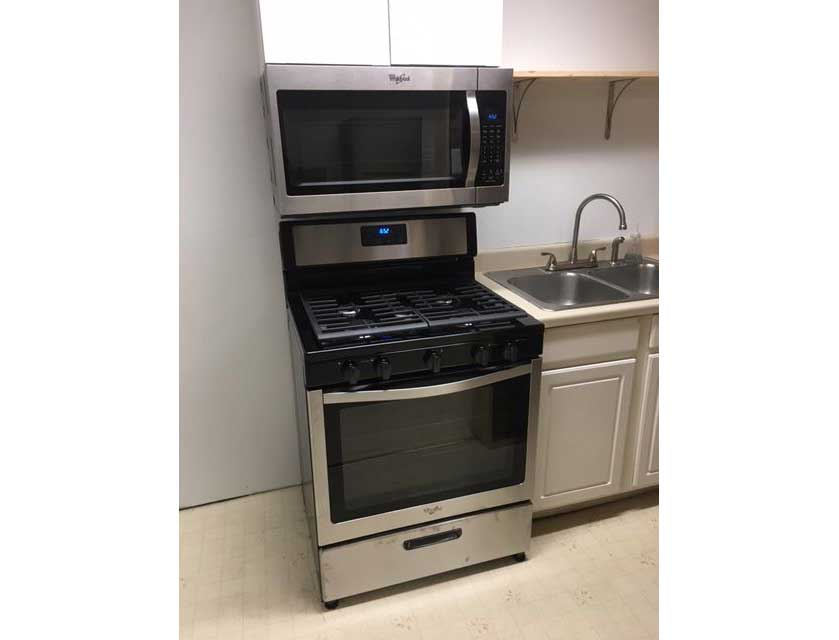 406-stove-web.jpg