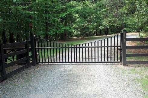gate+black.jpg