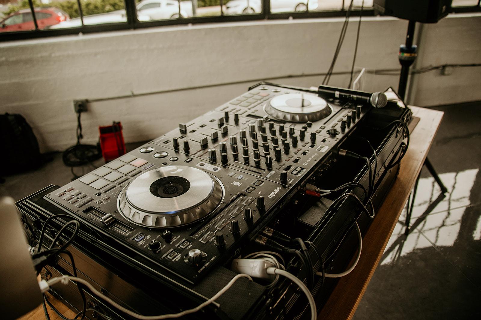 HIRISE DJ ENTERTAINMENT -