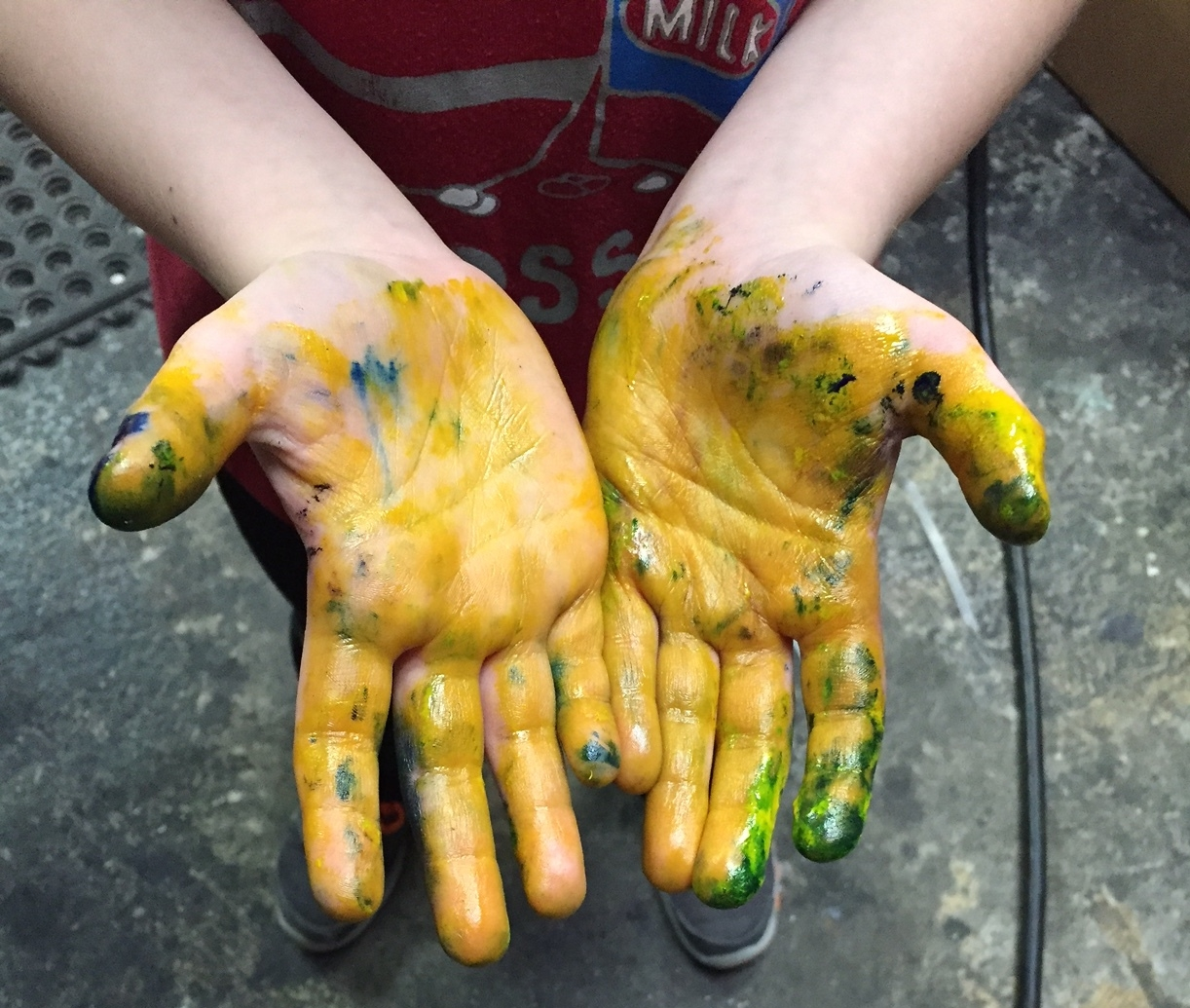 paint-in-hands-the-printing-post.jpg