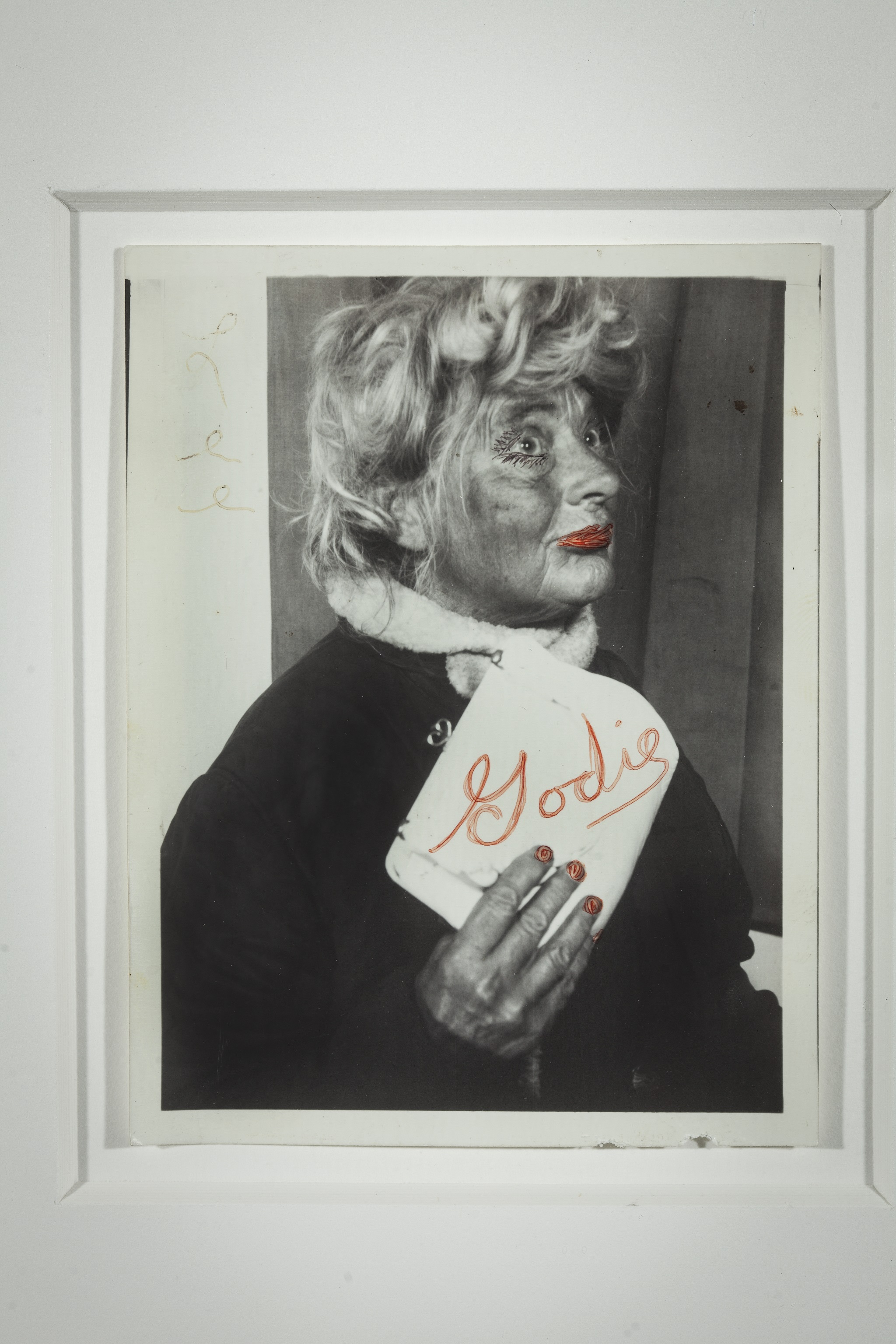 Lee Godie, Untitled, n.d.; gelatin silver print; 5 x 3 3/4 in. Collection of John and Teenuh Foster, Saint Louis, MO.