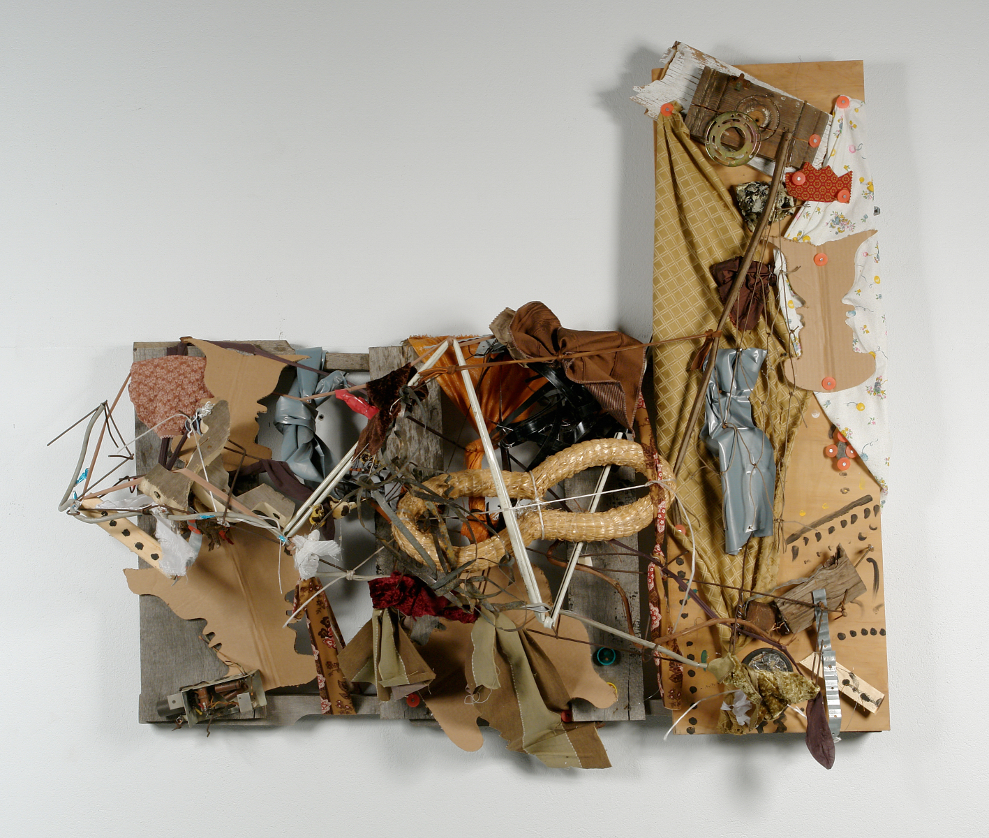 Lonnie Holley (American, b. 1960),  You Alley Thing , 2007, Mixed media, 52 x 61 x 16 in., Collection of Intuit: The Center for Intuitive and Outsider Art, Gift of Lonnie Holley,   2007.7.1