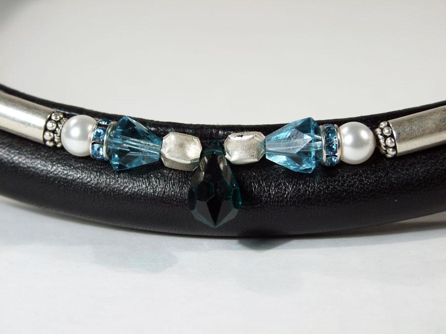 Dutch Drop Aqua, Emerald & Turquoise Close Up