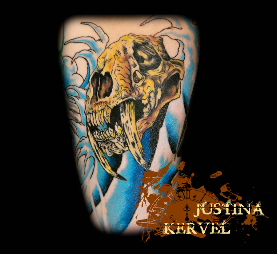 skull and waves justina kervel.jpg