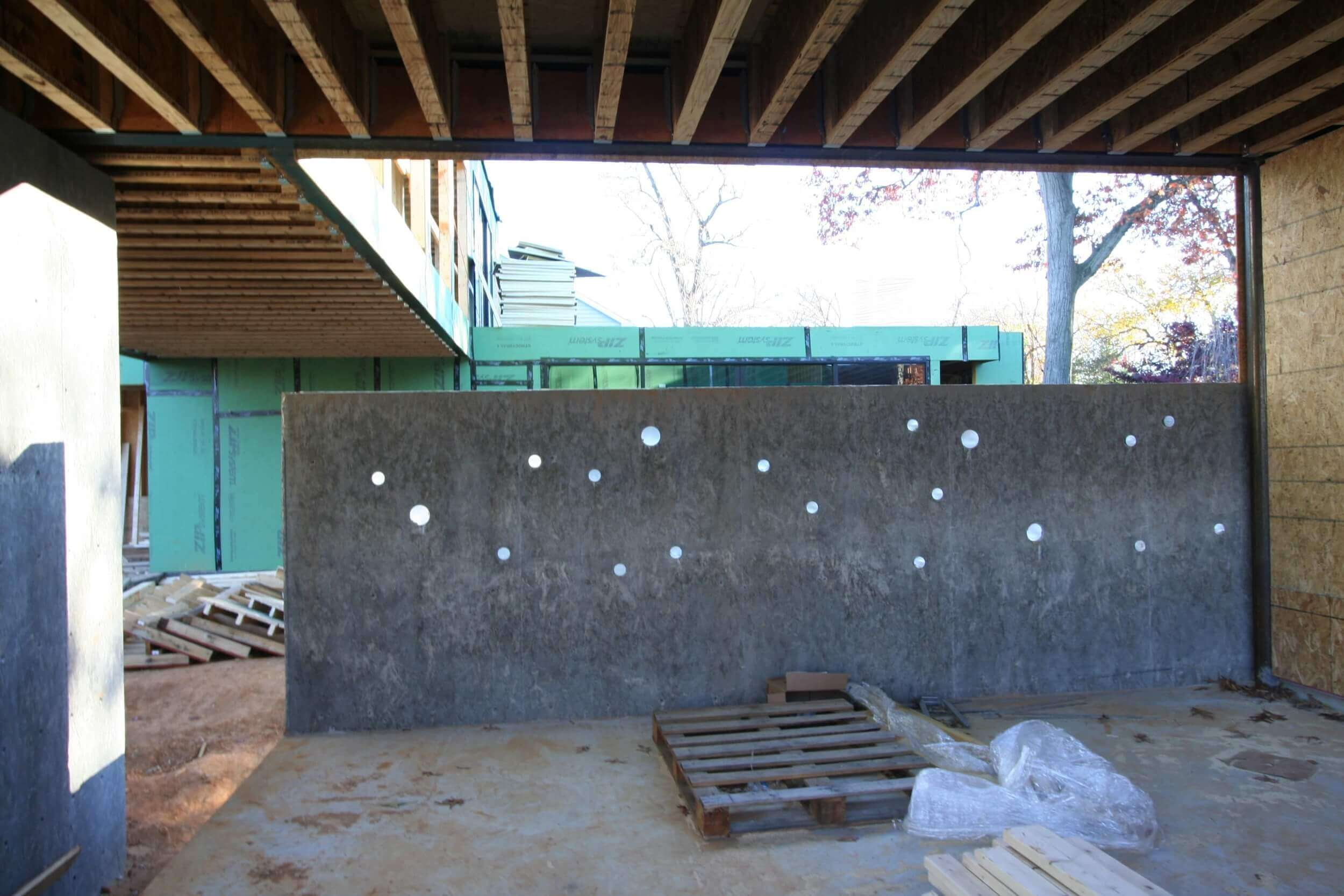 The retaining wall with the acrylic tube detail.