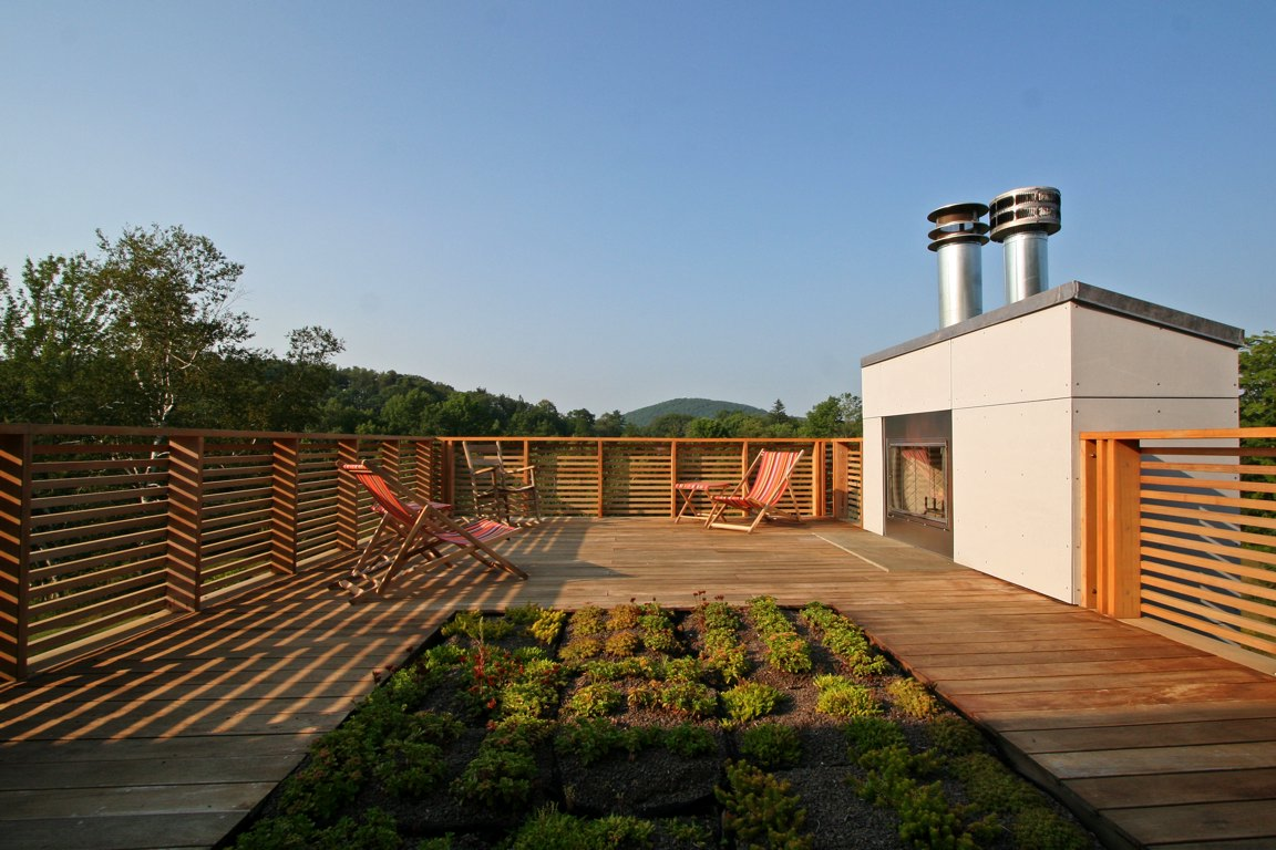 Roof deck fireplace and green roof