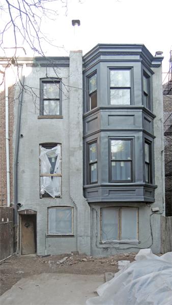 Bay window painted & waterproofing layer applied