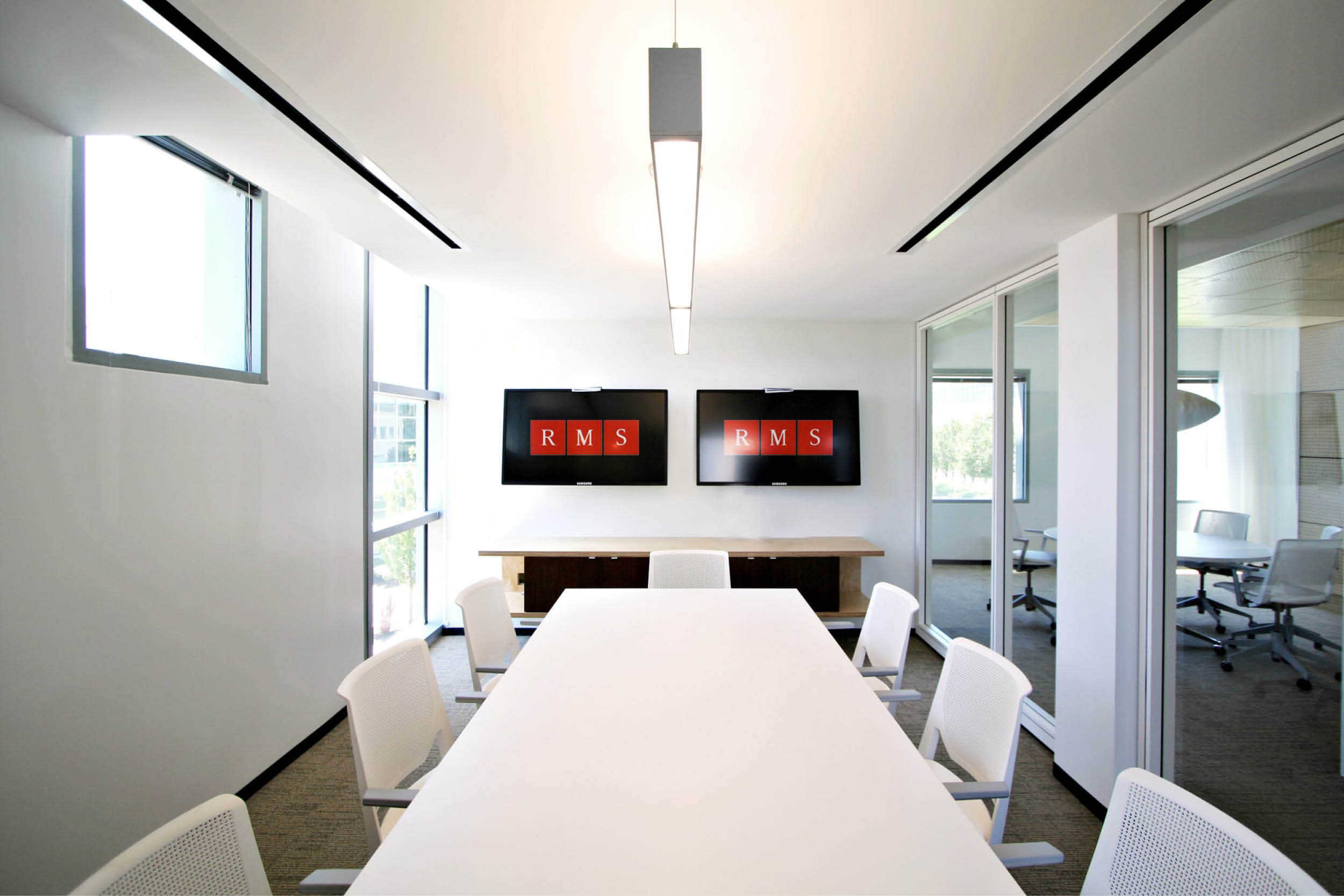 Modern Commercial Office | Conference Room | RES4