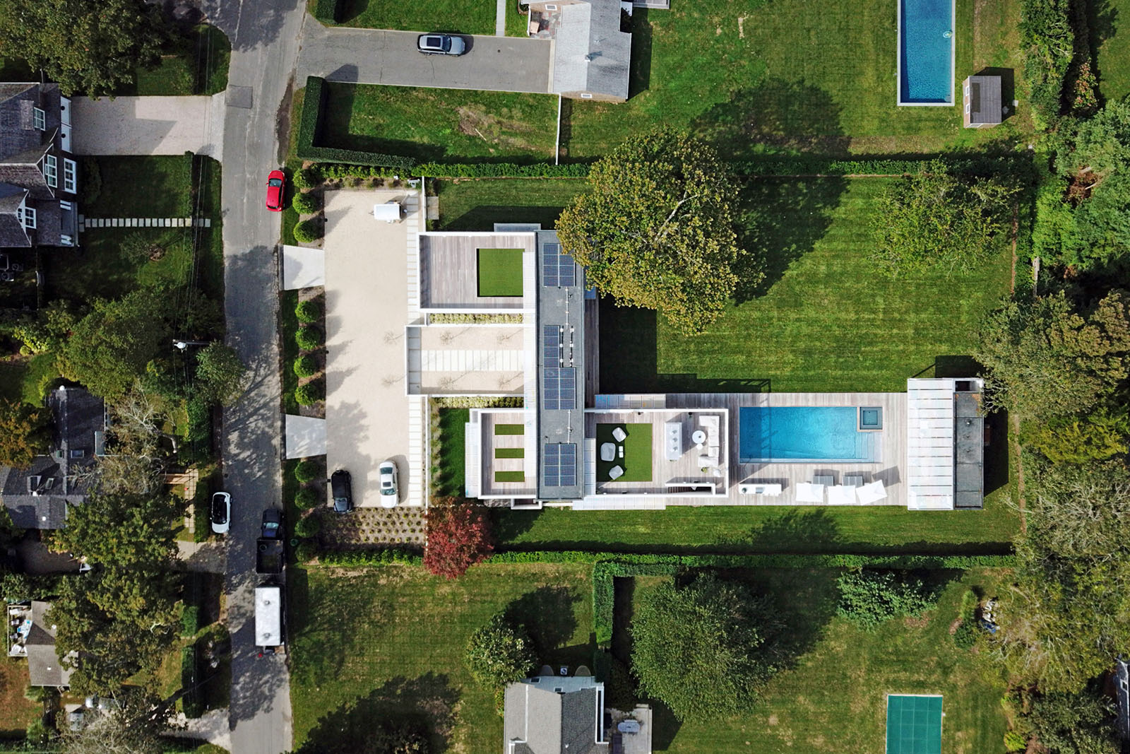 60-re4a-resolution-4-architecture-modern-modular-prefab-bridgehampton house-drone-overhead-plan.jpg