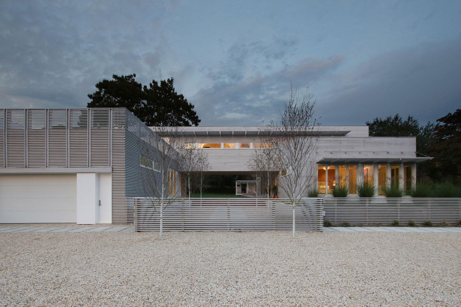 7-re4a-resolution-4-architecture-modern-modular-prefab-bridgehampton house-exterior-dusk.jpg