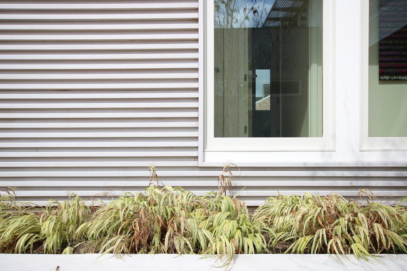 4-re4a-resolution-4-architecture-modern-modular-prefab-bridgehampton house-exterior.jpg