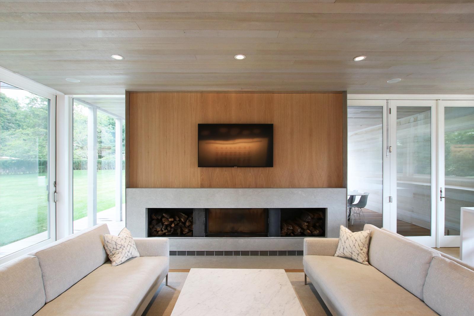 10-re4a-resolution-4-architecture-modern-modular-prefab-bridgehampton house-interior-living.jpg