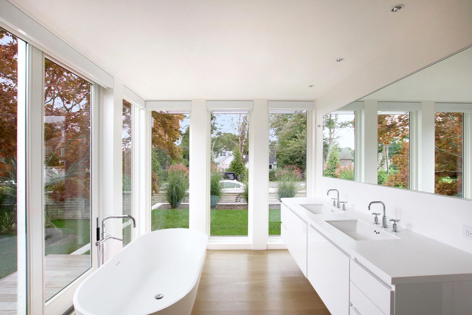 17-re4a-resolution-4-architecture-modern-modular-prefab-bridgehampton house-interior-master-bath-room-shades-opened.jpg