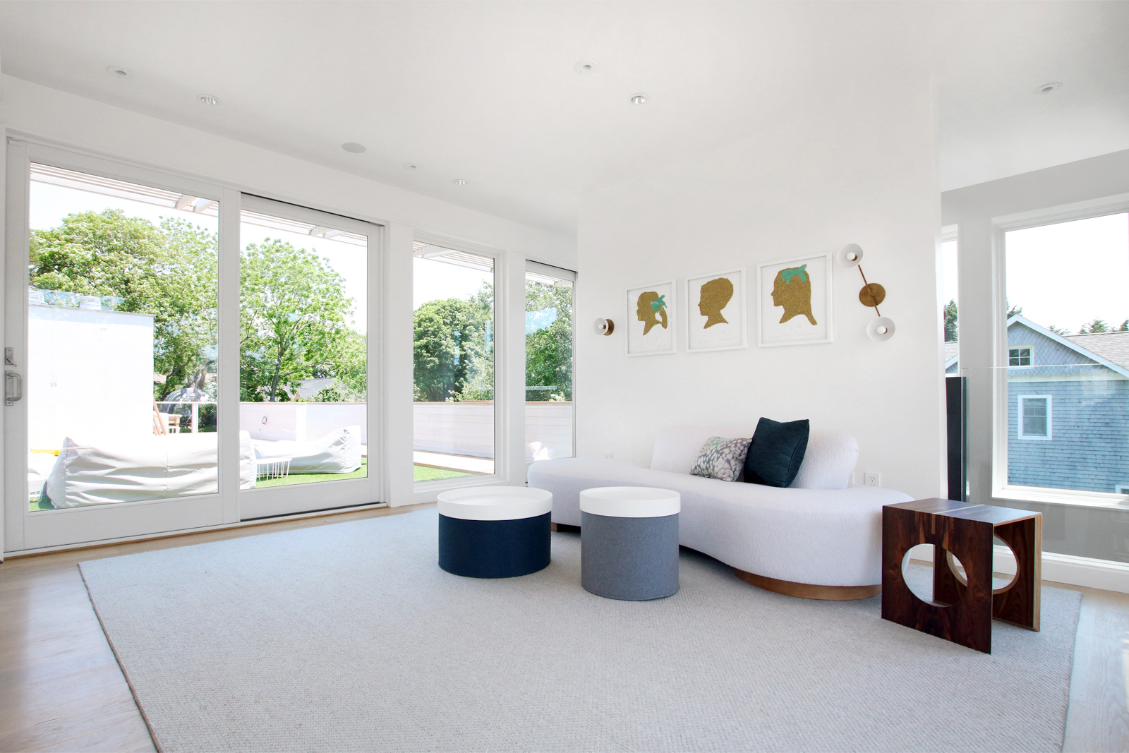 20-re4a-resolution-4-architecture-modern-modular-prefab-bridgehampton house-interior-family-room.jpg