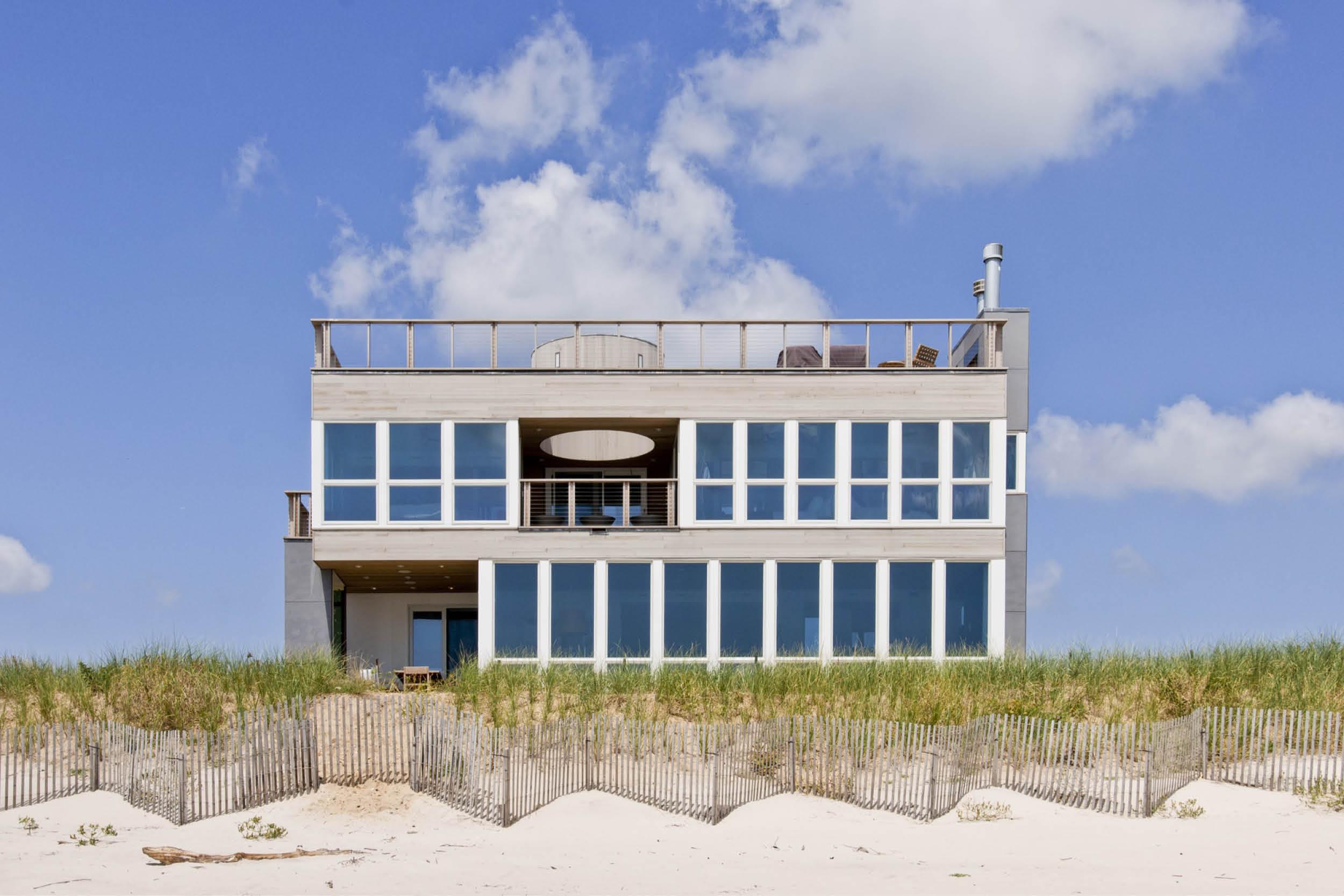 06-res4-resolution-4-architecture-modern-modular-home-prefab-dune-road-beach-house-exterior.jpg