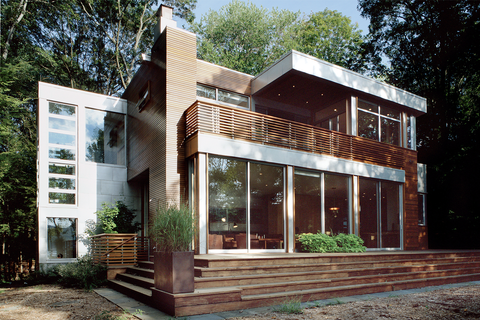 03-res4-resolution-4-architecture-modern-home-residential-lakeside-house-exterior.JPG