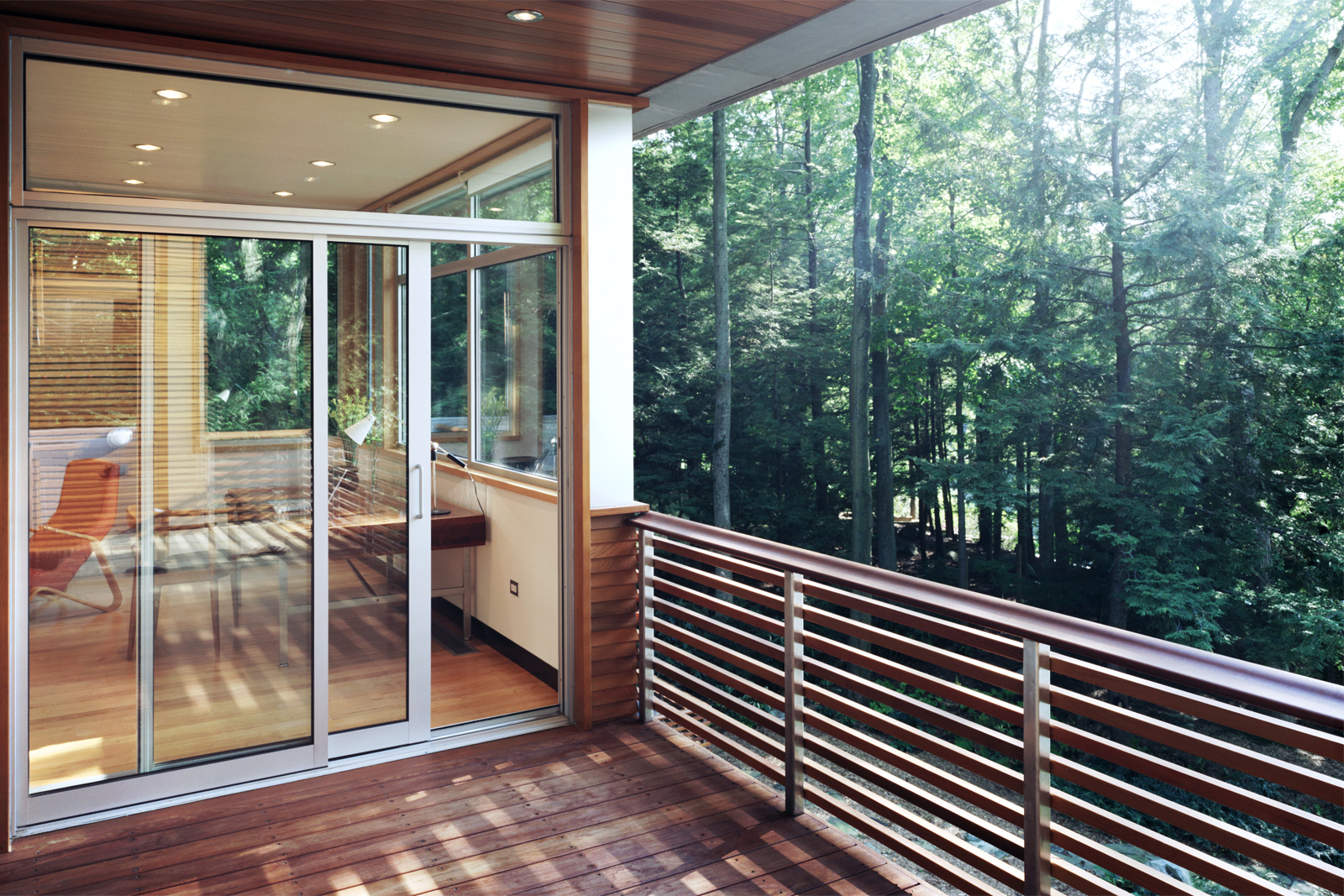 06-res4-resolution-4-architecture-modern-home-residential-lakeside-house-exterior-terrace-porch.jpg