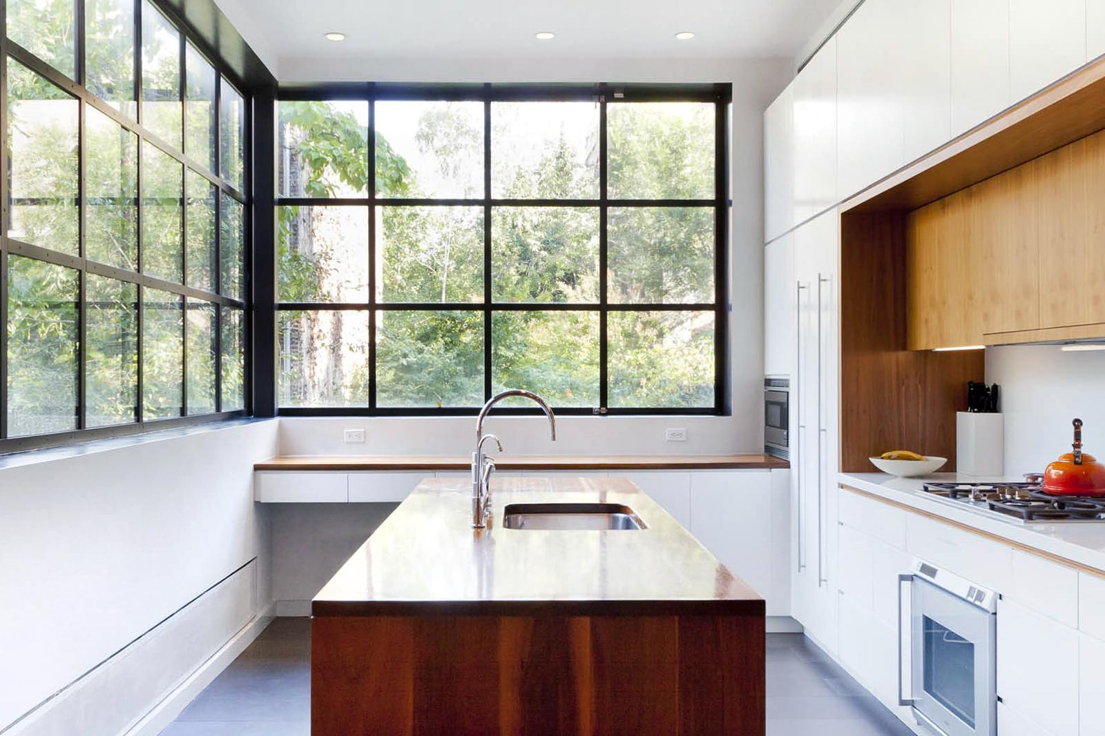 01-res4-resolution-4-architecture-modern-residential-warren-street-townhouse-interior-kitchen.jpg