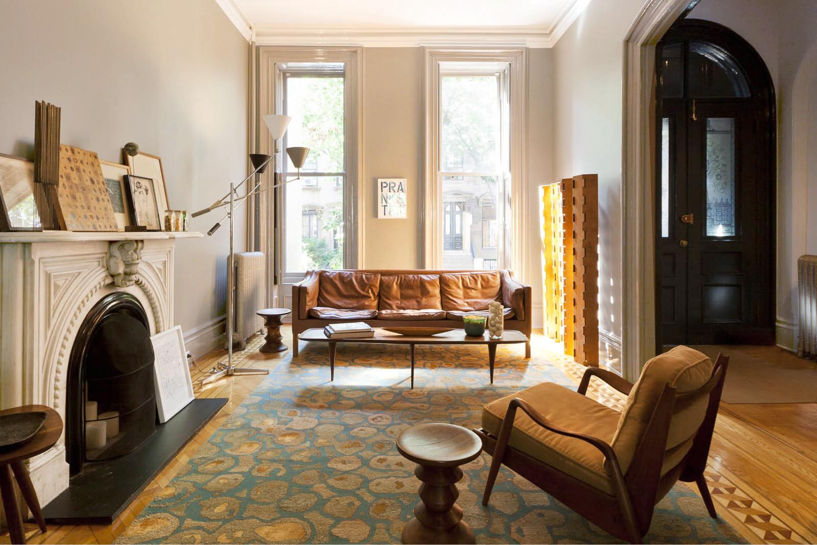 03-res4-resolution-4-architecture-modern-residential-warren-street-townhouse-interior-living-room-01.jpg