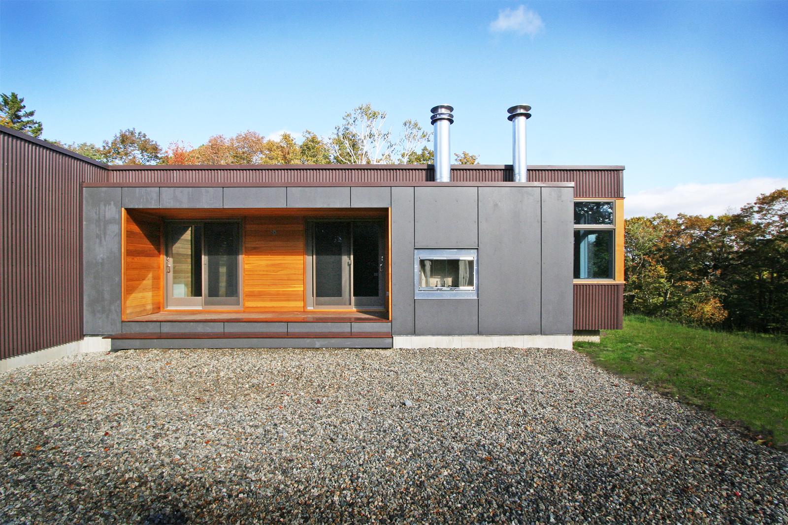 05-res4-resolution-4-architecture-modern-modular-home-prefab-house-vermont-cabin-exterior.jpg