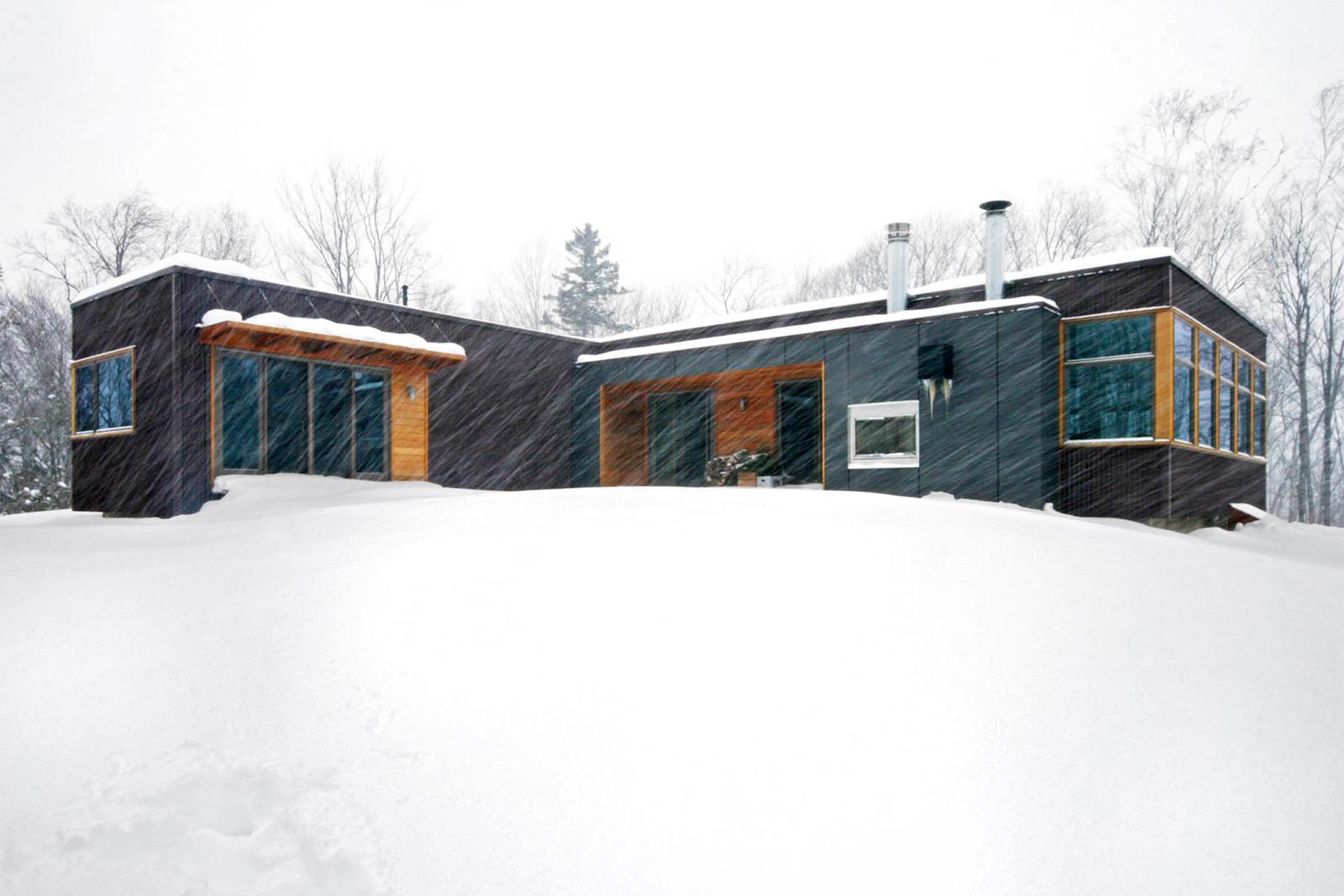 11-res4-resolution-4-architecture-modern-modular-home-prefab-house-vermont-cabin-exterior.jpg