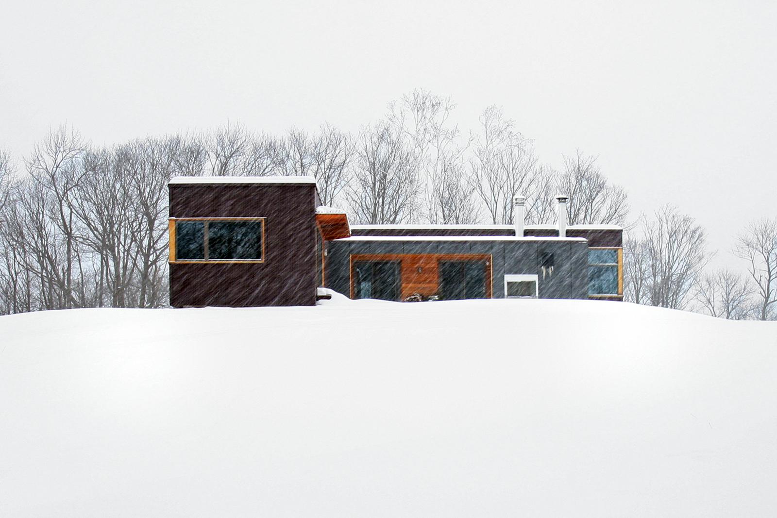 12-res4-resolution-4-architecture-modern-modular-home-prefab-house-vermont-cabin-exterior.jpg